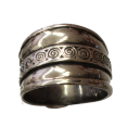 Large anneau celte